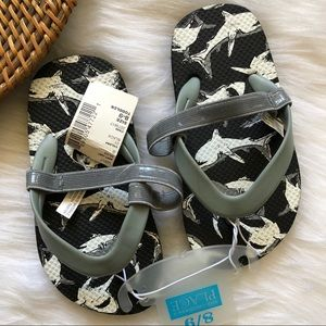 The children's Place Toddler Shark Sandals